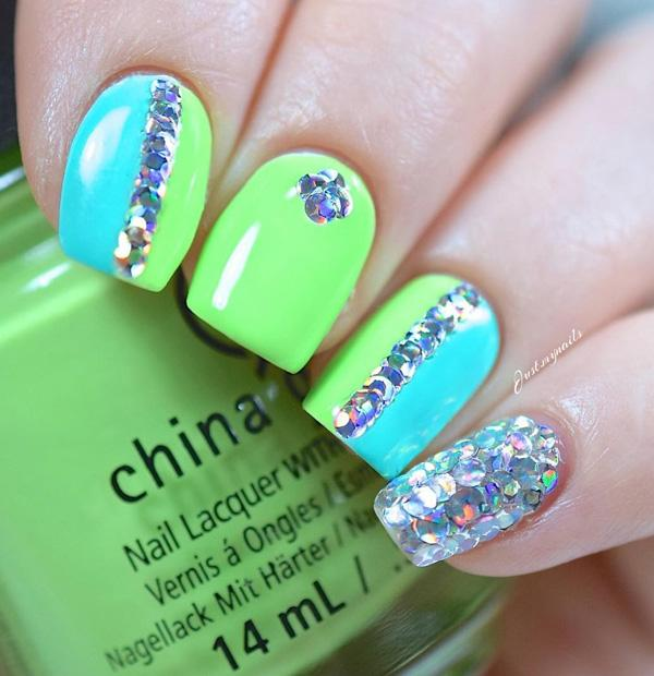 green nail-32