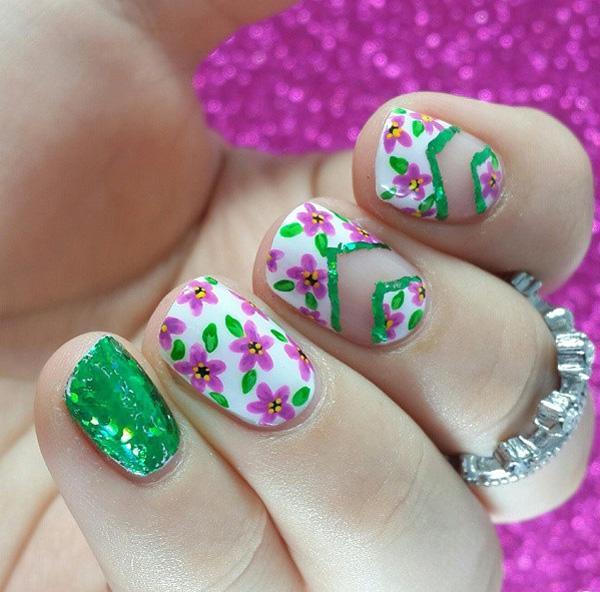 green nail-37