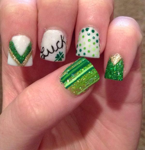 green nail-41