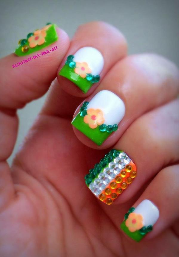 green nail-43