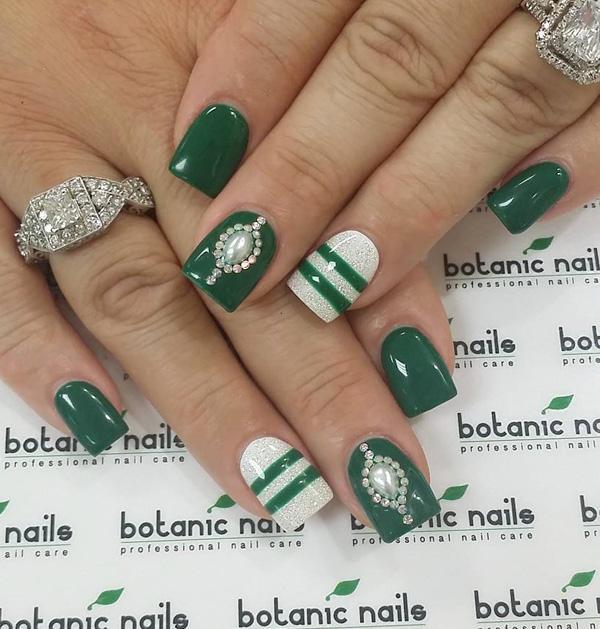 green nail-6