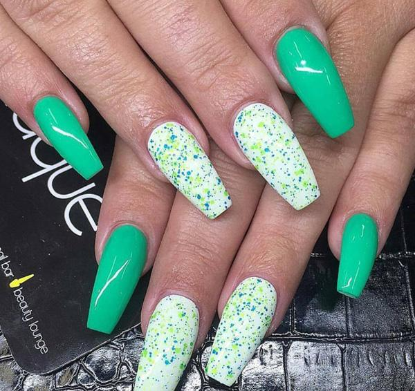 Green Nails Would Be Perfect For The Summer As This Has A Cool Effect