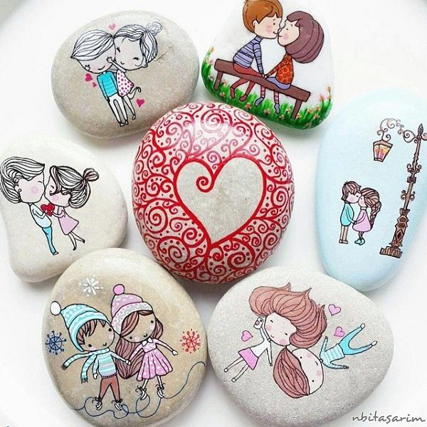 These Beautiful And Cute Rocks Could Definitely Be Great Gifts For Your Signifcant Other