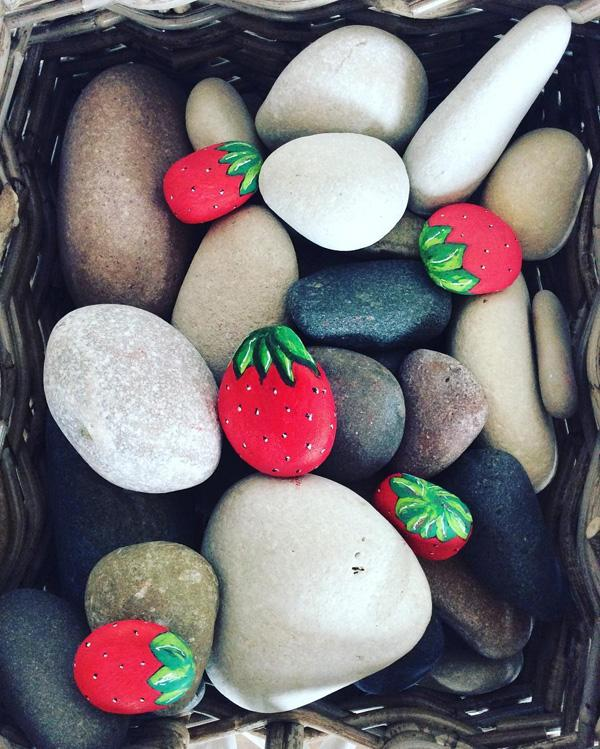 DIY Painted Rocks-30