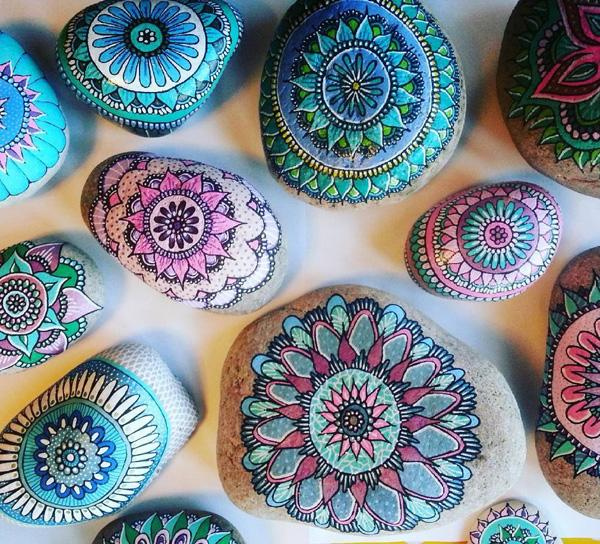 DIY Painted Rocks-31