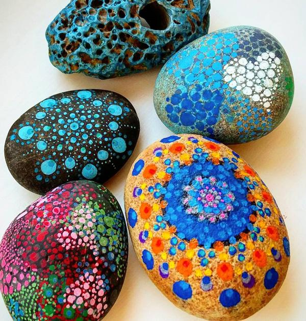 DIY Painted Rocks-32