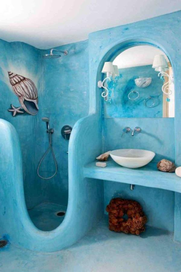 Coastal style bathroom idea