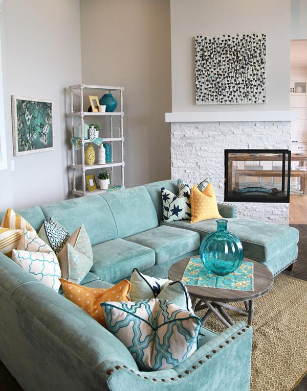 Coastal style living room idea-16