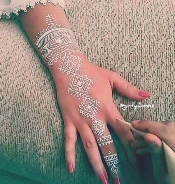 White Henna Design-12