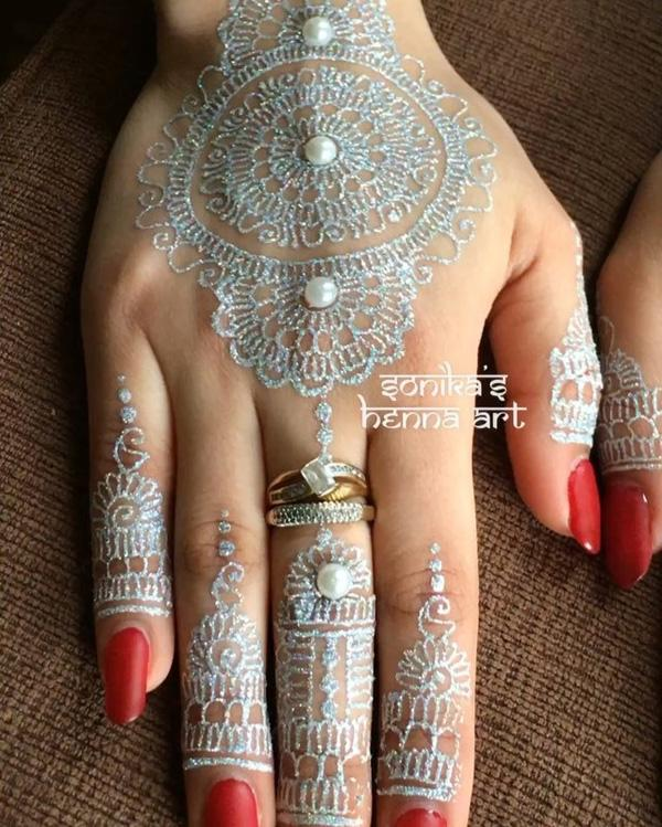 25 Amazing White Henna Designs Art And Design