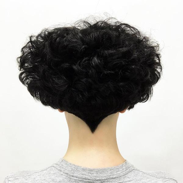 short black hairstyle-3