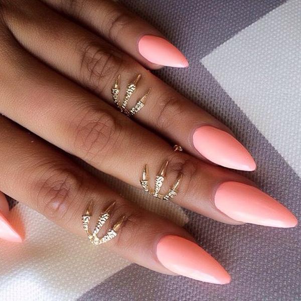 almond-nail-art-10