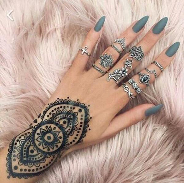 With this nail color, these rings and tattoos you are hindu queen! - 50+ Almond Nail Designs Art And Design