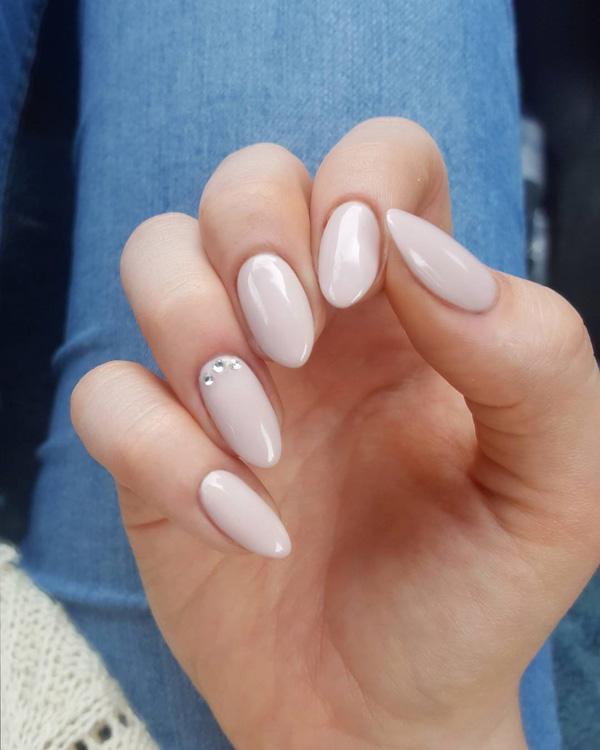 almond-nail-art-5