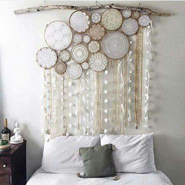 owl-dream-catchers-headboard-idea
