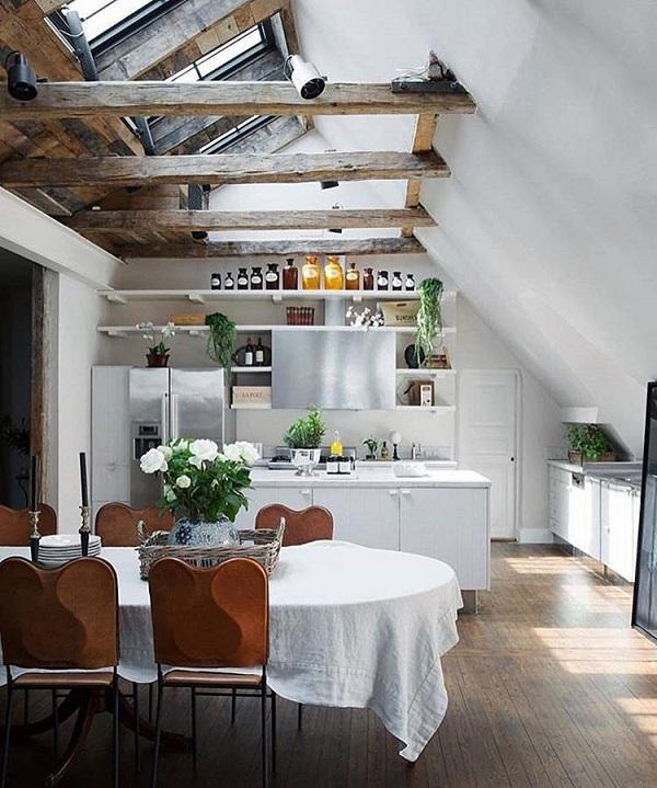 И в кухнята доминира бяло. Разбира се, има растения, които дават живот на цялото пространство (с изключение на хората, разбира се) и това, което наистина се зачитат скандинавците.