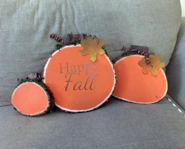 pumpkin-wood-slices-happy-fall