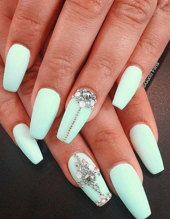The white color looks good on both, short and long nails, it is important  ... - 50 Rhinestone Nail Art Ideas Art And Design
