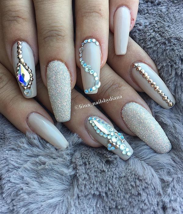 rhinestone-nail-art-33