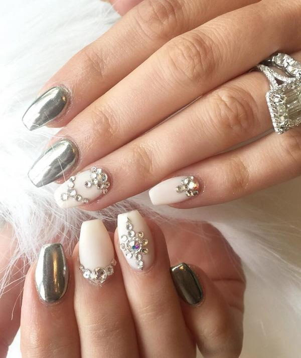 rhinestone-nail-art-37