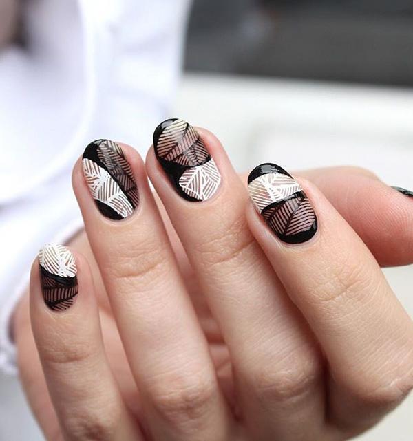 oval-nail-12