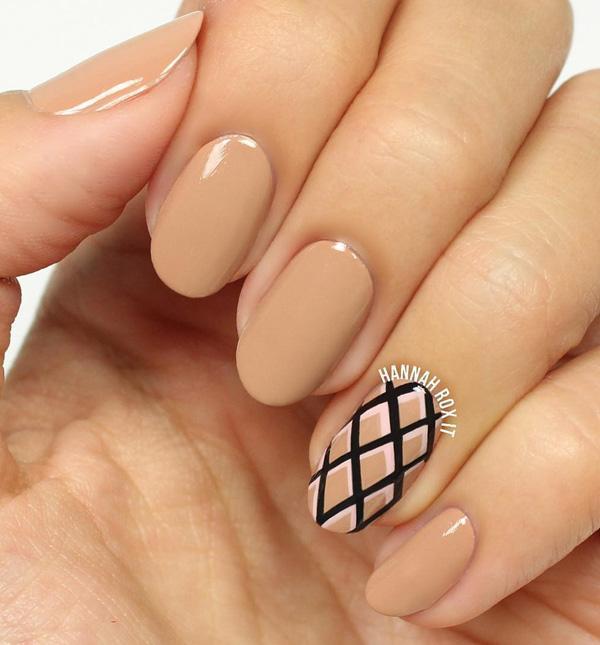 oval-nail-17