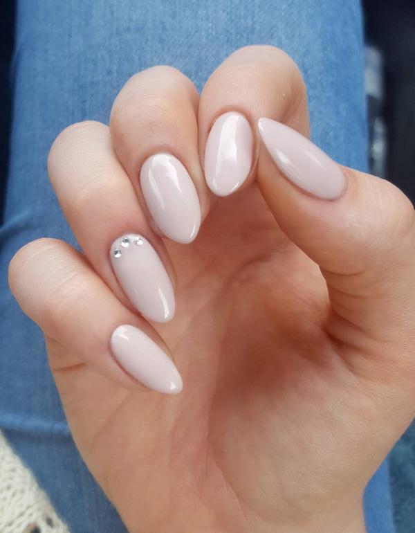 oval-nail-23