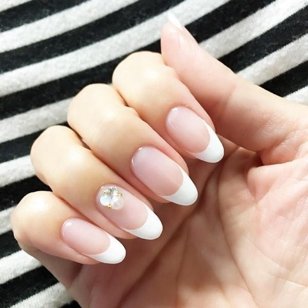 oval-nail-44