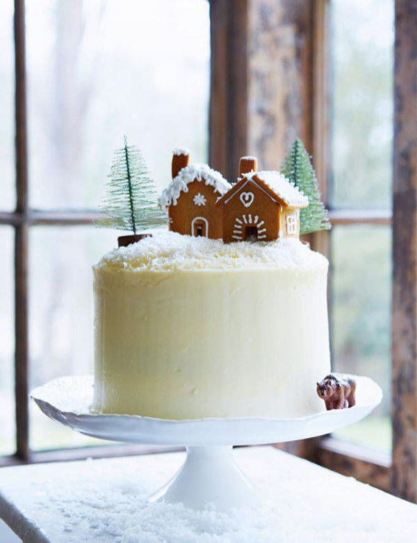 gingerbread-layer-cake-with-maple-icing