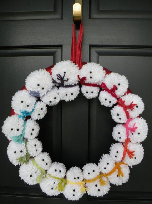 pom-pom-snowman-winter-wreath