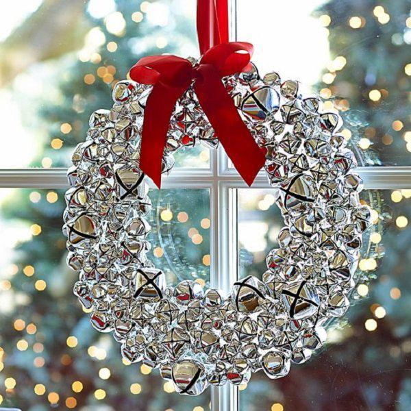 silver-jingle-bell-wreath