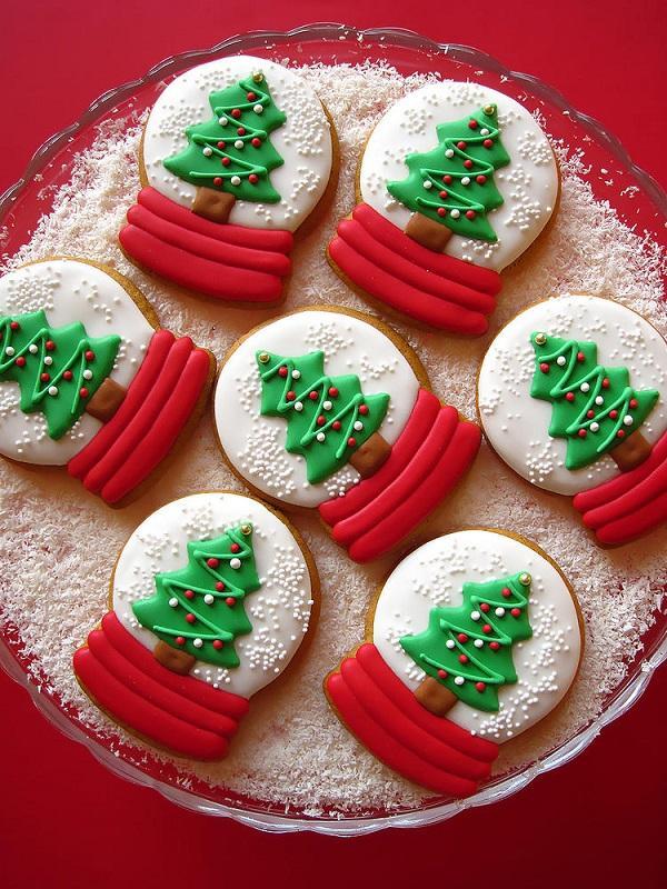 snow-globe-cookies