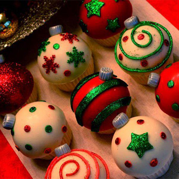 ornaments-cupcake