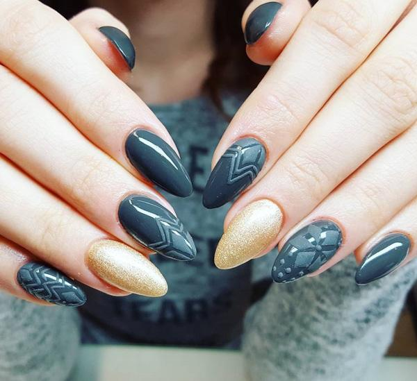 dark-nail-1