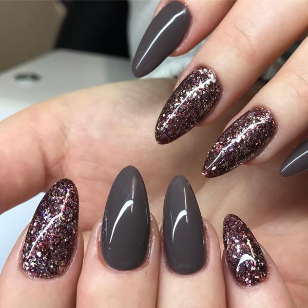 dark-nail-43