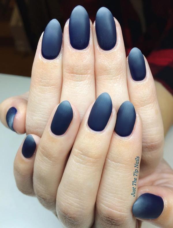 dark-nail-7