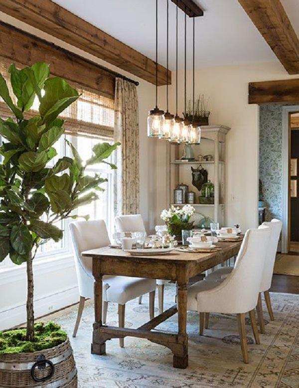 Rustic Homes Look Tucked And This Dining Room Certainly Looks That Way Too.