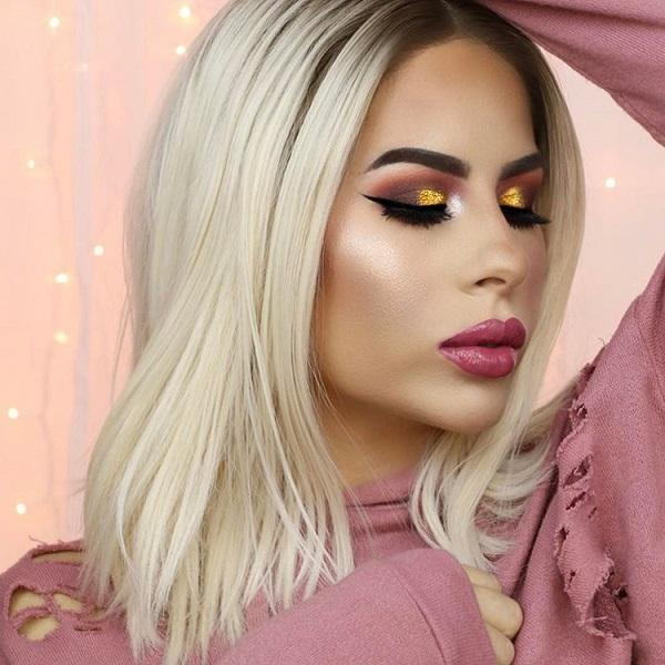 The golden color is modern in every aspect so when it comes to makeup.