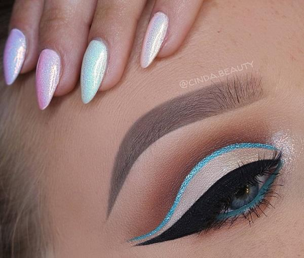 Blue eyeliner is applied on the inside of the lower eyelid. Make sure about the shades of blue when you choose it. It may be safer for blue eyes to choose other colors that will not threaten to swallow them.