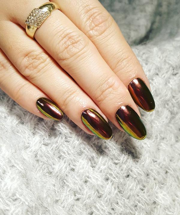 Овальные ногти всегда стильные, и никогда не выходят из моды. Эта классическая форма сочетается с современными цветами, и вы будете настоящими законодателями моды.