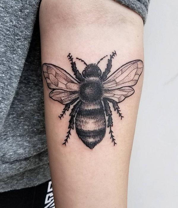 75 cute bee tattoo ideas art and design rh cuded com bumble bee tattoos meaning bumble bee tattoo designs on the butt