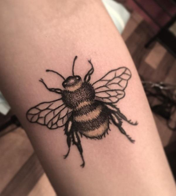 75 cute bee tattoo ideas art and design rh cuded com bumble bee tattoo images bumble bee tattoo manchester
