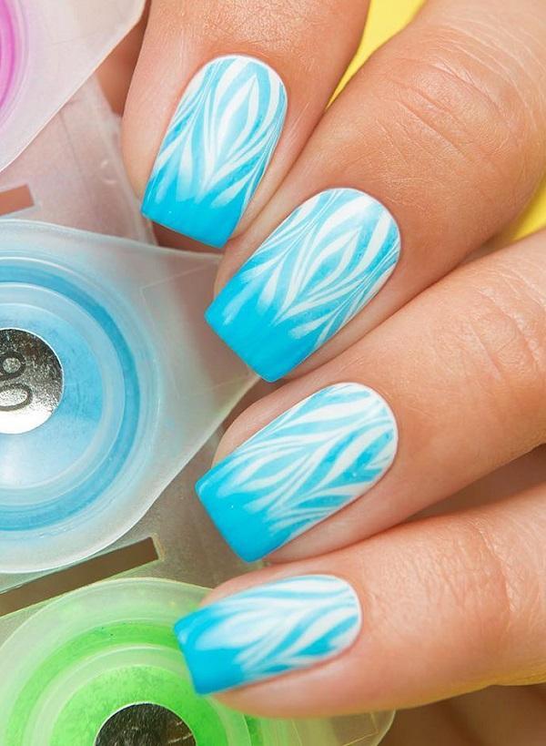 И пока вы делаете ногти, обратите внимание на кутикулу и кожу вокруг ногтей. Он также должен выглядеть нежным и стильным.