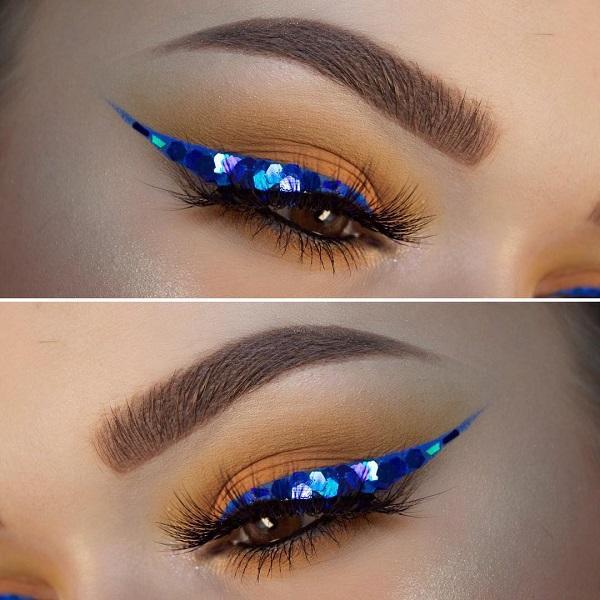 """Синий цвет придаст свежесть Карим и черным глазам и"""" откроет """" вид. Попробуйте синюю подводку для глаз."""