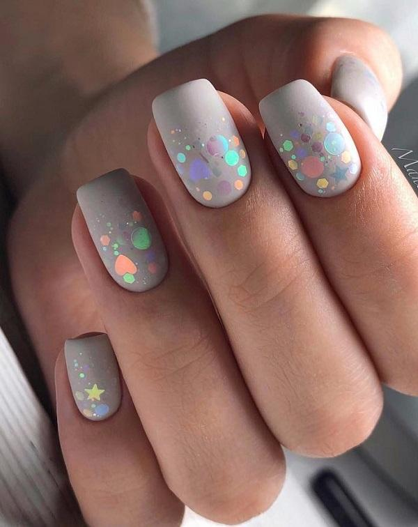 Cosmos On Your Nails Discreet Details And Unrivaled Colors Do Not Diminish Beauty