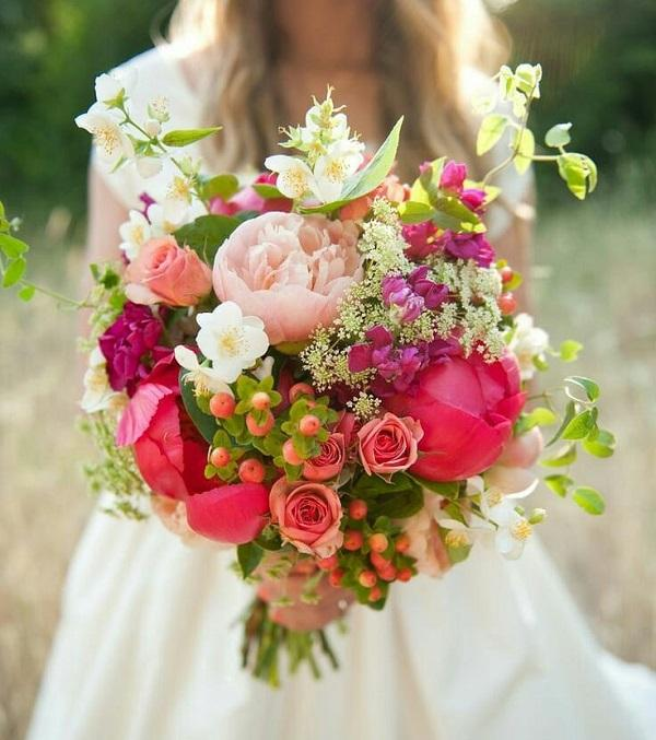 25 wedding bouquet ideas art and design 25 wedding bouquet ideas 3 junglespirit Choice Image