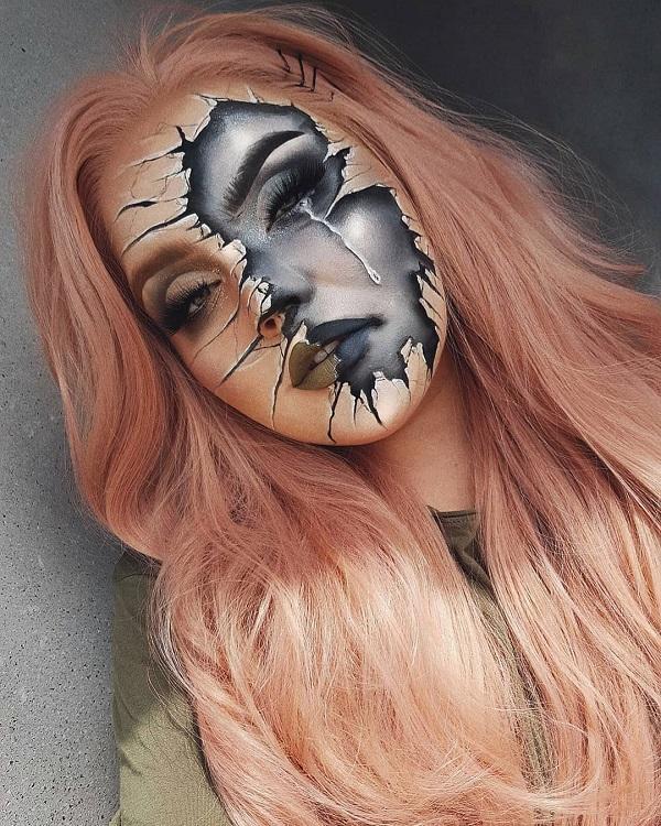 Black Mirror Broken face Halloween makeup