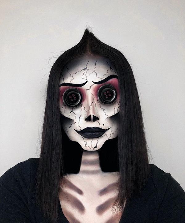 Ghost Coraline Halloween makeup