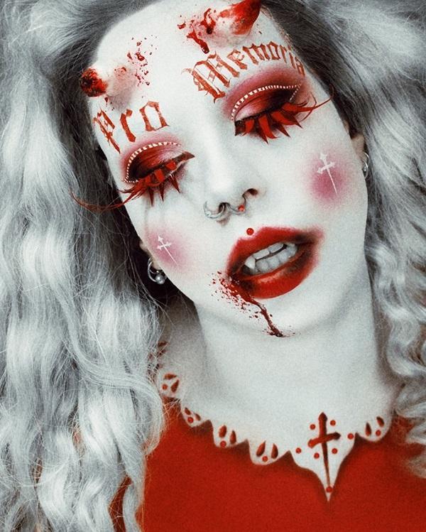 Bloody clown Halloween makeup
